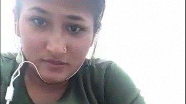 Sexy Rajshahi girl masturbating using vegetable dildo sex