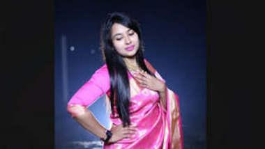 Desi Hot Girl Keya Moni Showing One More Clip