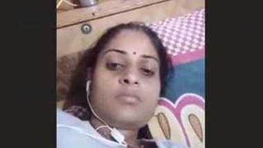 Bhabhi on video call getting horny pressing boob