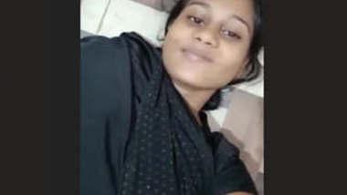 Cute Bangladeshi Girlfriend video leak