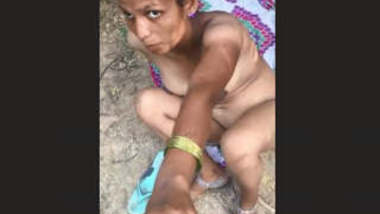 Desi Randi Nude Caputure 2 Clips Part 1