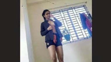 Bangladeshi Girl Leaked Videos 3 Clips Part 2