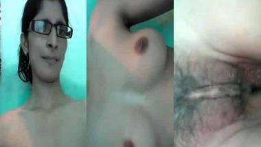 Paki Girl Nude Show MMS video