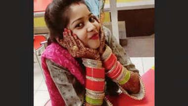Sexy Bhabhi Blowjob 2 Clips Part 1