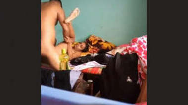 Sexy BanglaDeshi Girl Fucked New leaked Mms