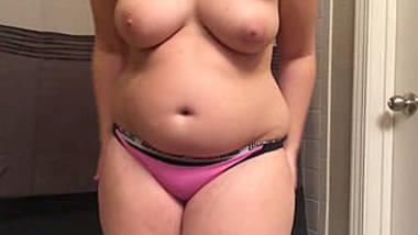 Desi Gorgeous Chubby Babe Nude Show