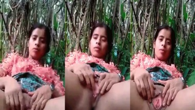 Desi pussy show MMS outdoors selfie video