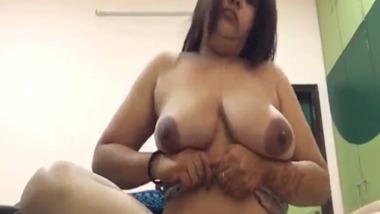 Punjabi wet pussy show video