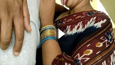 Desi Bhabhi swallowing cum home sex video