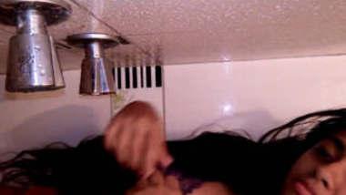 Desi Hot babe laboni bathing