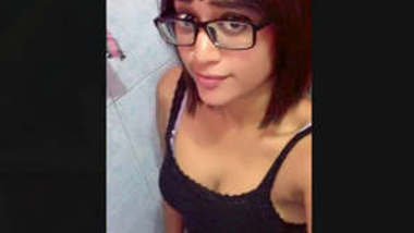 Hot Tamil Desi Girl Lacked Selfie Videos Part 4