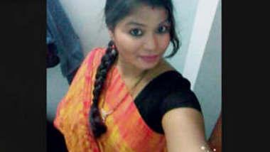 Desi Bhabhi Enjoying Dogesex