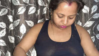 Sexy bhabhi is back again with 5 new videos part 3