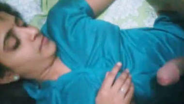 Desi wife in gown fucked at night