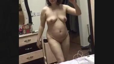 Desi very Hot lady