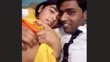 Desi Lovers Hot Smooching & Boobs pressing