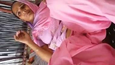 Rajasthani chut dikhayi MMS