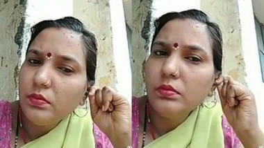 Bhabi Pressing Her Boobs