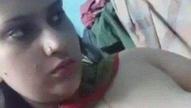 Bangladeshi call girl Mitu showing her tits