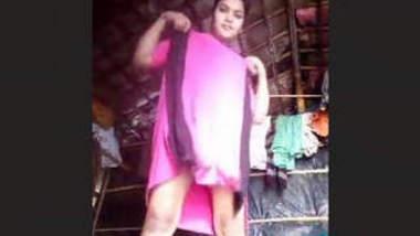 Cute Desi Girl Nude Selfie