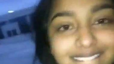 NRI girl fucked in car MMS