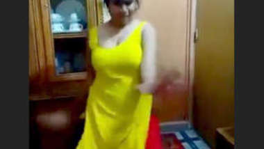Desi cute girl sexy dance