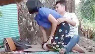 Mayanmar lover outdoor fucking
