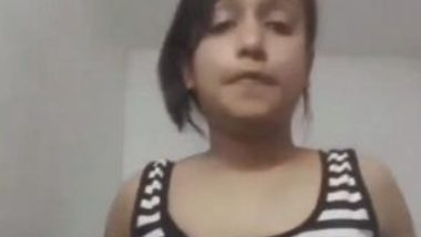 Indian teen removing clothes video