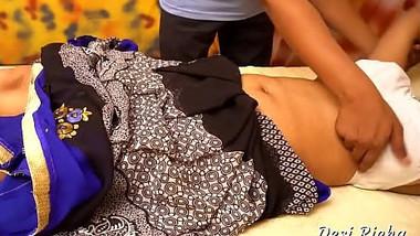 Desi Richa Bhabhi Big Boobs Massage in Parlour