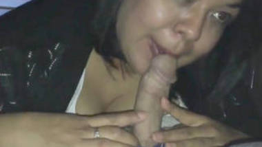 indian hot kolkatta beauty sucking her manager dick at resort