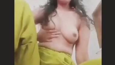 Desi Bhabi topless clip