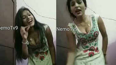 hot rukku new girl in market sexy cleavage and hot dance