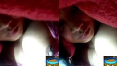 Married Bhabi Showing On Video call