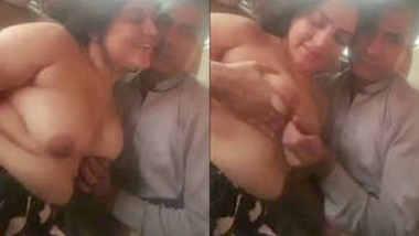 same desi couple boob suck in car