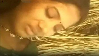 Desi village guy hot sex with sarpanch's daughter