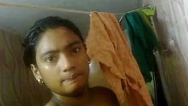 Bangladeshi collage girl Akhi take nude selfie for bf