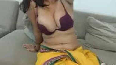 Desi Girl's Big Boobs