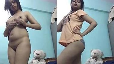 CUte Indain Girl Nude Dance Show