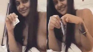 Punjabi girl with papaya boobs taking condom