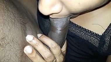 Sexy desi girl sucking indian big black cock