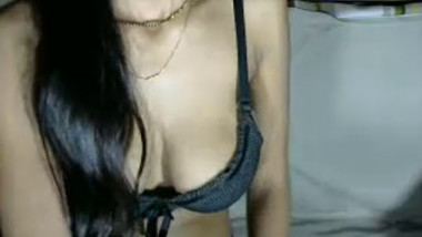 extreme sexy slim desi busty girl with bf on cam