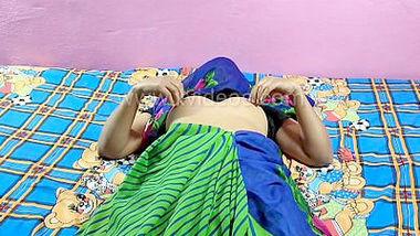 Desi village bhabi tight pussy fcking