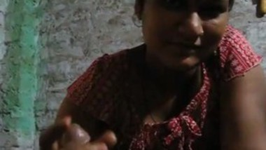 Village bhabi bj and handjob