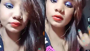 Desi Kajal Big Cleavage Show ,Pout ,A Surprise inside video
