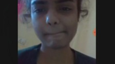 Beautiful Cute Desi girl Showing Boobs
