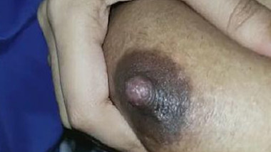 Desi boobs pressing and nipple massage