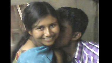 Desi village couple hot kissing and fucking
