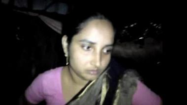 Desi guys recorded his bhabhi's pussy and romance