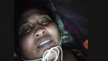 Desi village bhabi video call fingering