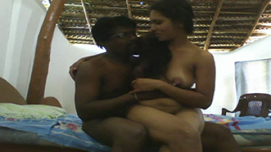 Mms sex scandal of desi Indian wife on honeymoon leaked